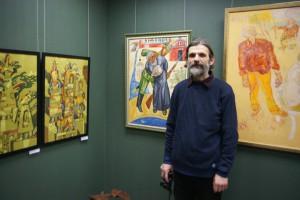 Василий Редечкин у своей работы. Рождественская Выставка на Беговой